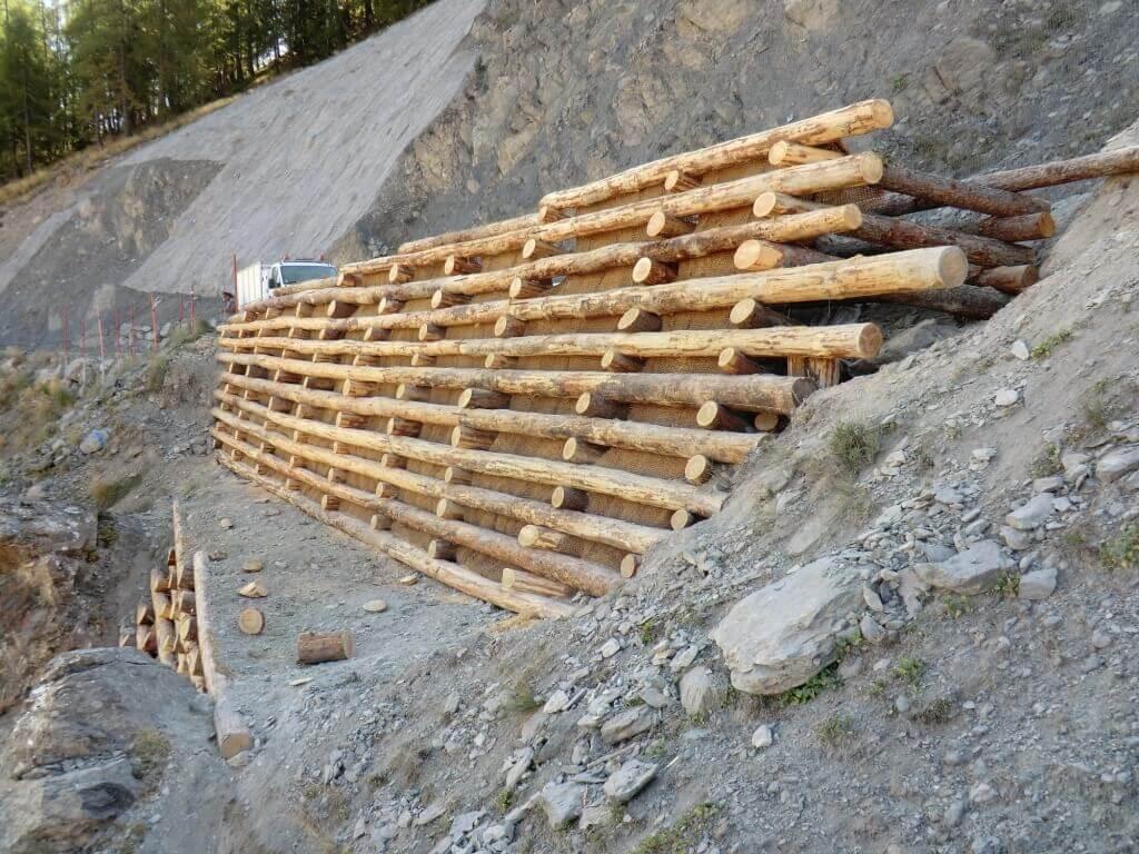 mur bois soutenement auron 1 Dynamique Environnement # Mur Soutenement Rondin Bois