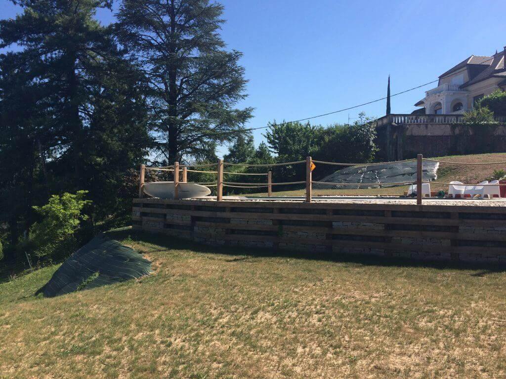 Mur bois de sout nement le bourget du lac 73 savoie for Camping bourget du lac avec piscine