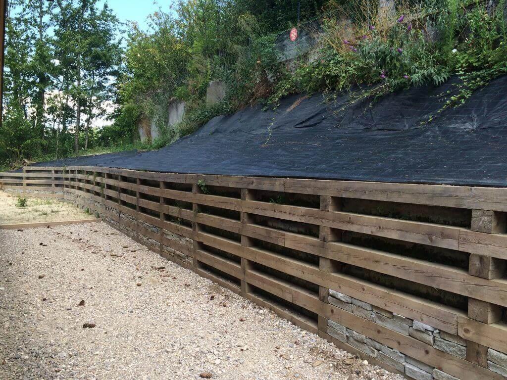 Mur bois de sout nement st cergues 74 haute savoie par for Mur de bois exterieur